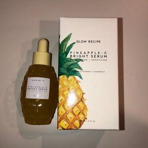 Glow recipe pineapple- C bright serum.